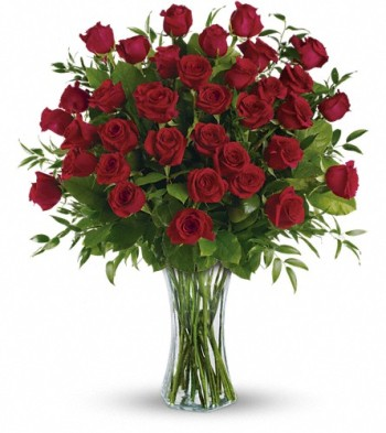 Starbright's Breathtaking Beauty is three dozen long stemmed roses; there's nothing more romantic.